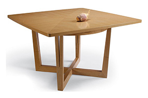 Commune Square Table